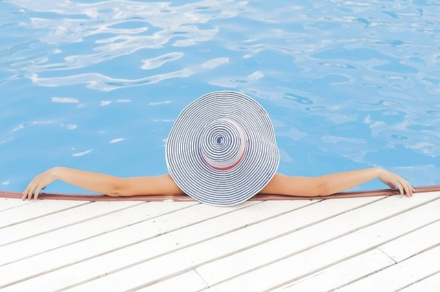 3 reasons to spray tan for summer